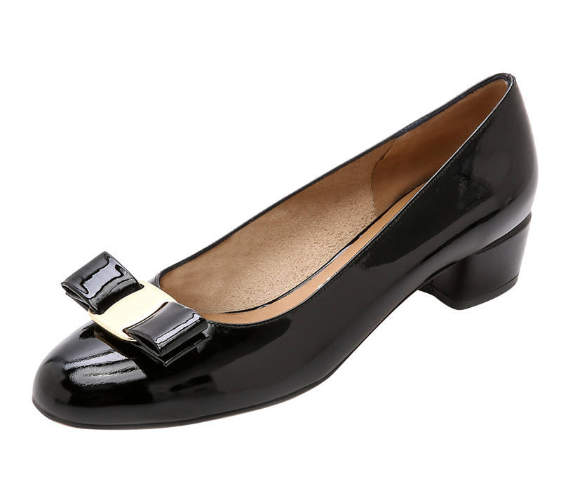 OEM Supplier Ladies Black Shiny Real Leather Dress Shoes Women low heel pumps
