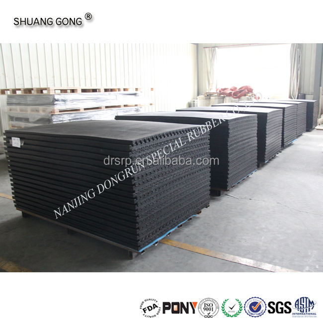 abrasion resistant stable cow rubber mat