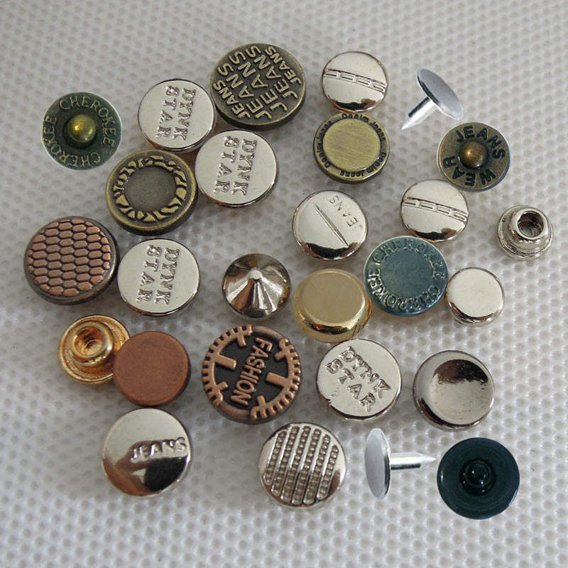 Ideally Used for Denim and Leather Work Tiny Antique Brass Dome Metal Studs Pack of 100 Studs and Spikes Classic Two-Prong Studs Size 6