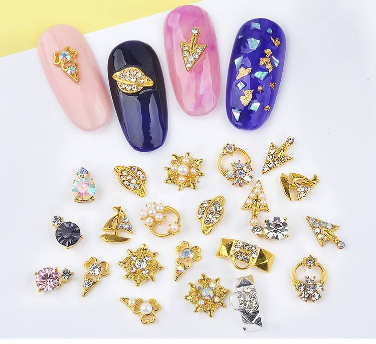 ShiningLife Brand 2019 nail accessories wholesale fashion nails and beauty nail art designs