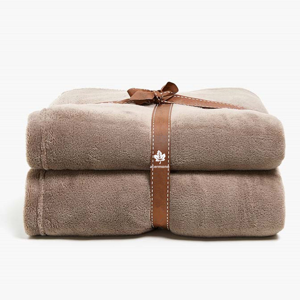 Promotional warming fleece soft bed mat pet blanket for dogs cats