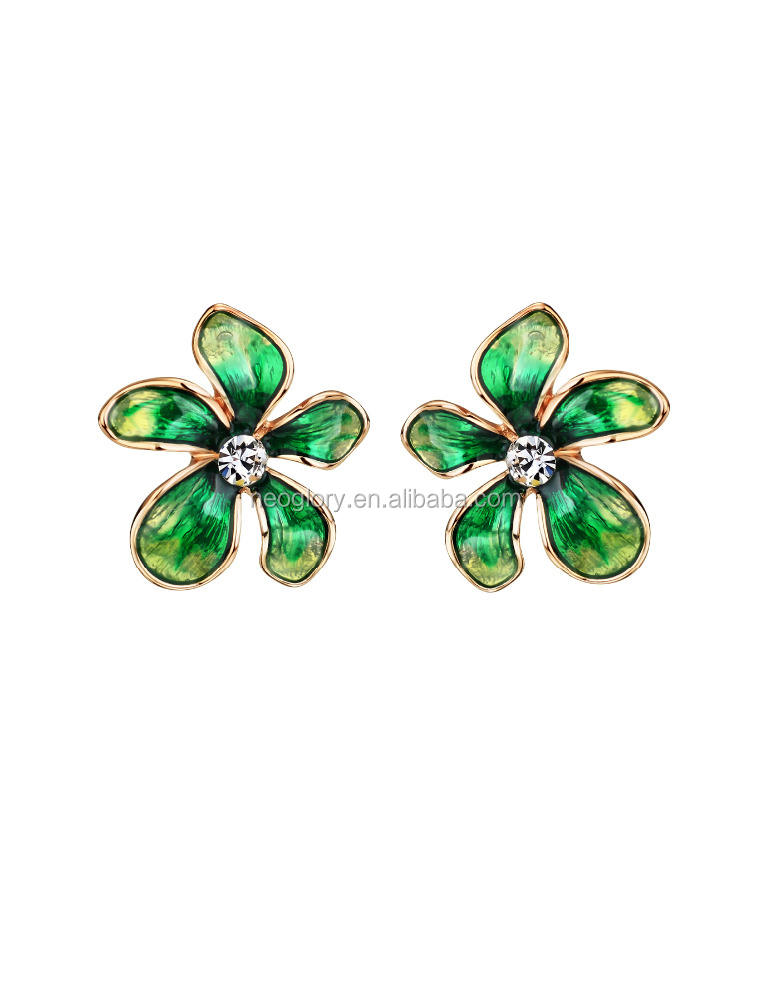 Promotionnel Ombre Lucky Fleur Plaqué Or Boucles D'oreilles En Alliage De Zinc