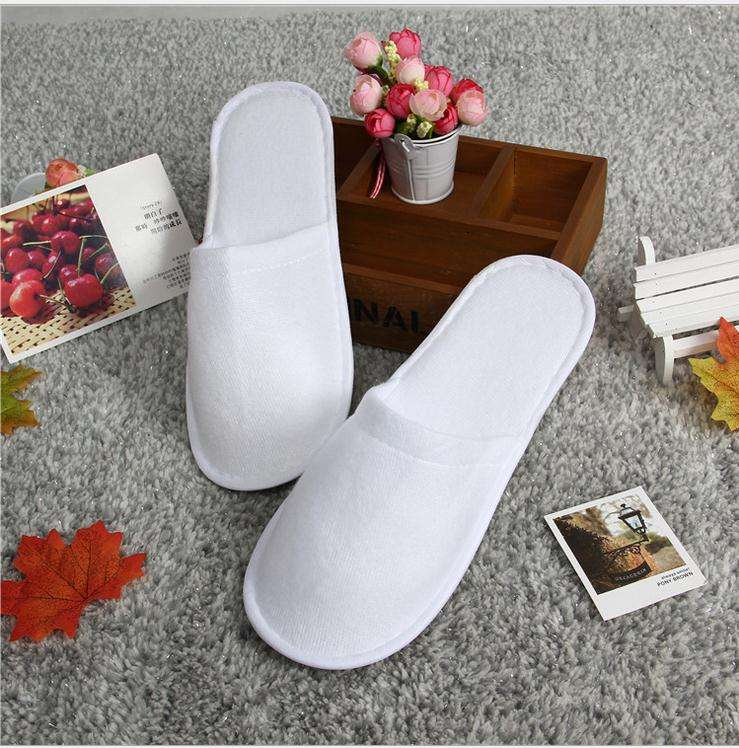 Wholesale Coral Fleece hotel disposable slippers for men and women