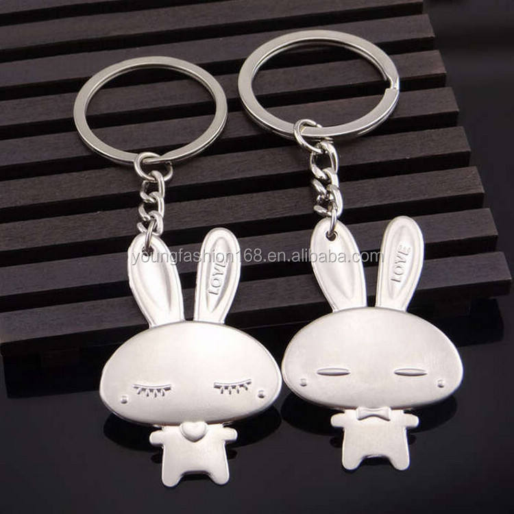 hot selling love key ring compact key holder metal keychain animal shape