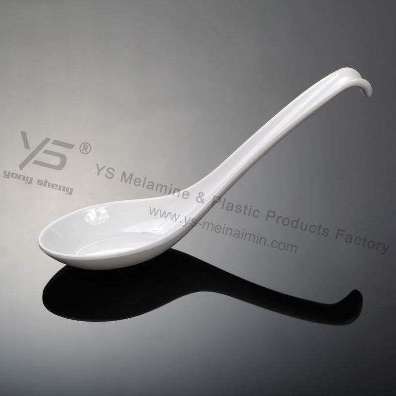 the new design plastic tableware spoon with hook