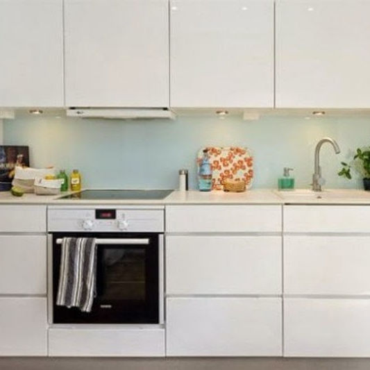 Factory Direct Selling Design Small Vietnam Kitchen Cabinets