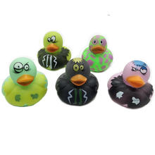 ZF252 Hot selling toys bath animal toy rubber duck for baby play