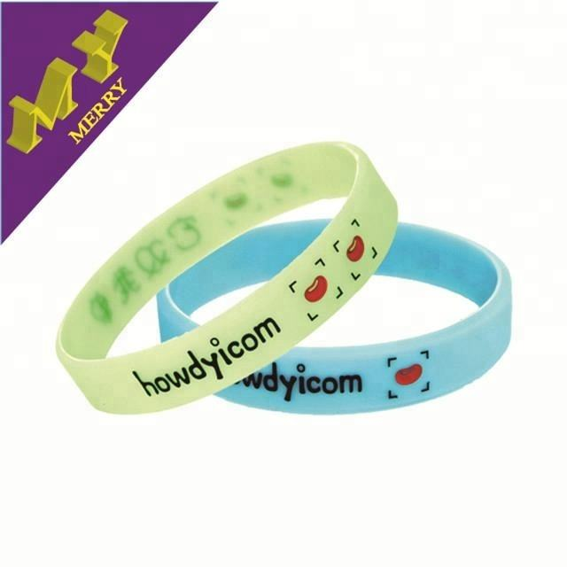 Guangzhou fabbrica a buon mercato wristband del <span class=keywords><strong>silicone</strong></span>/<span class=keywords><strong>braccialetto</strong></span> <span class=keywords><strong>in</strong></span> <span class=keywords><strong>silicone</strong></span> personalizzato
