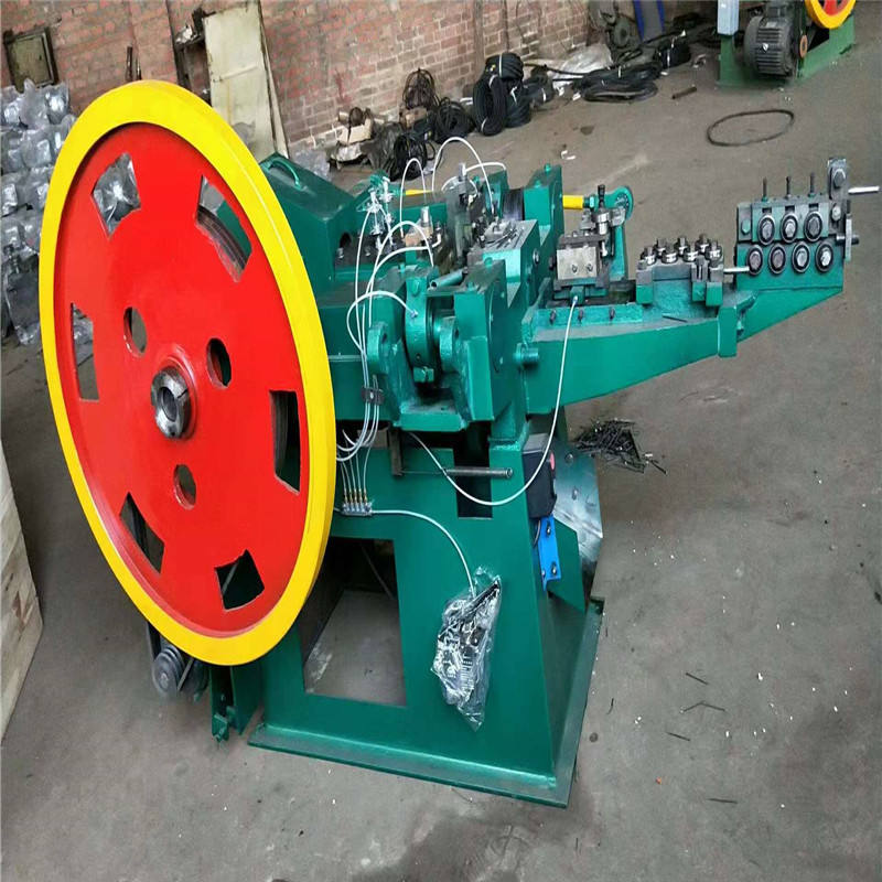 China factory automatic steel wire iron nails making machine production line
