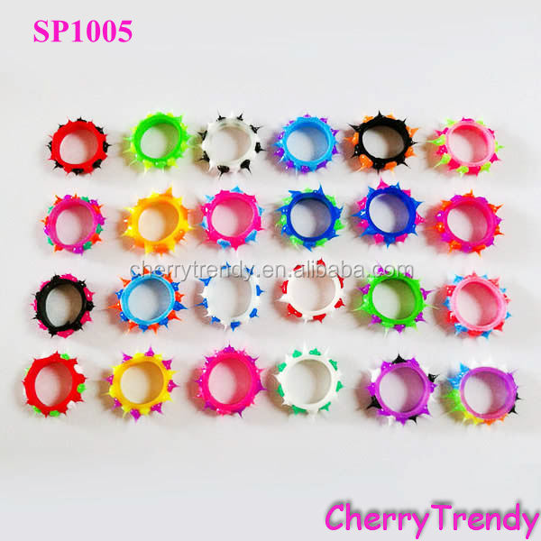 Mode Spiky Silicone Rubber Ring
