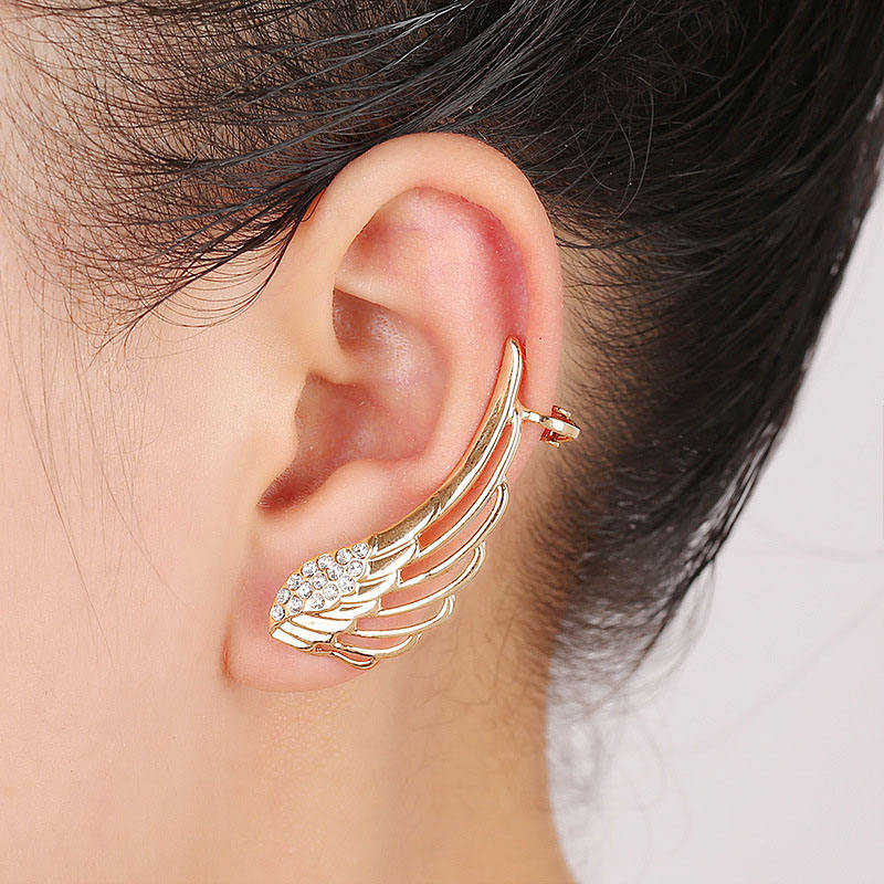 Wholesale Best Selling Quality Special Patten Wings Shaped Women Style Alloy Crystal Cuff Earrings