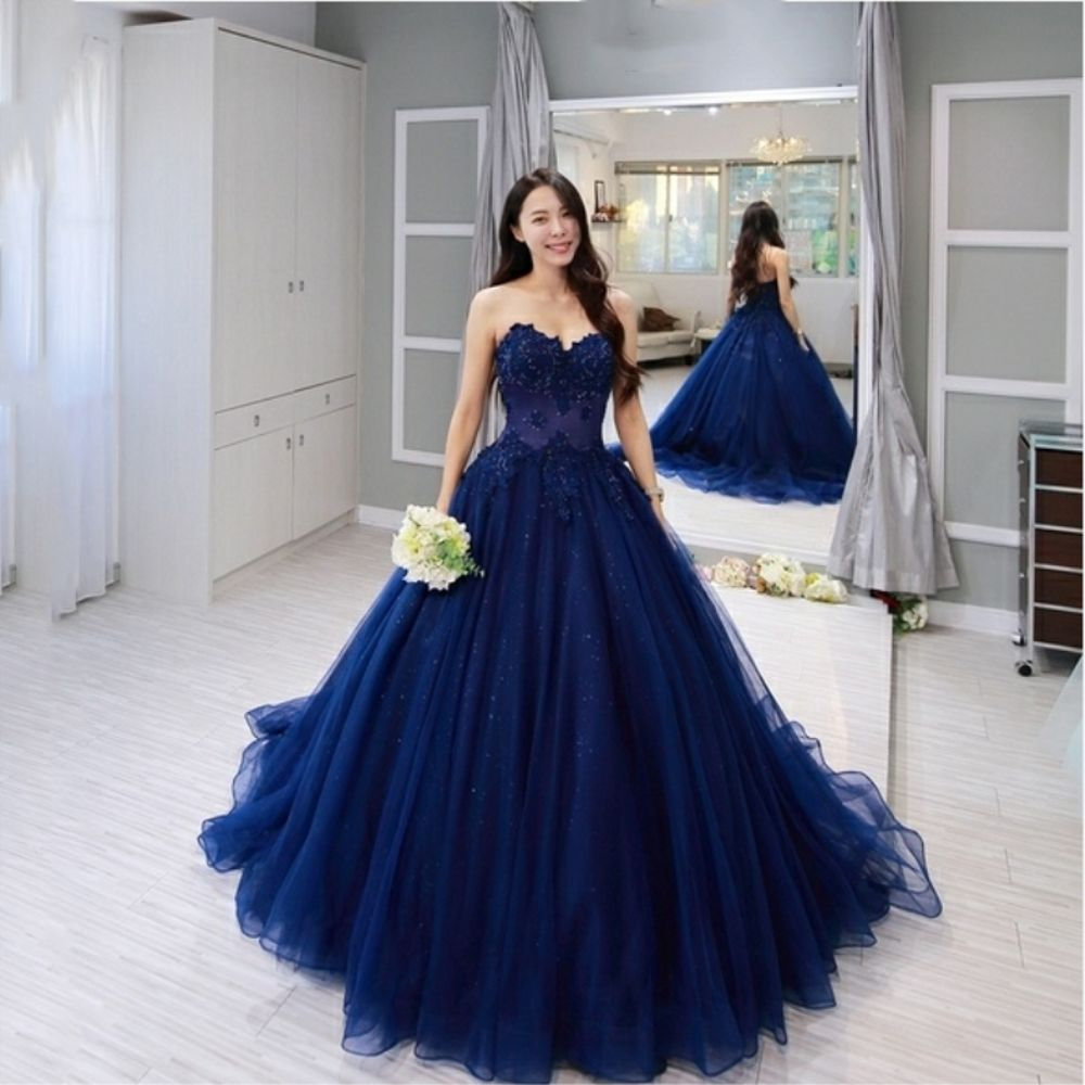 Custom Made Blue Lace Prom Dresses 2019 Sleeveless Ball Gown Applique Beading Sweetheart Evening Dresses