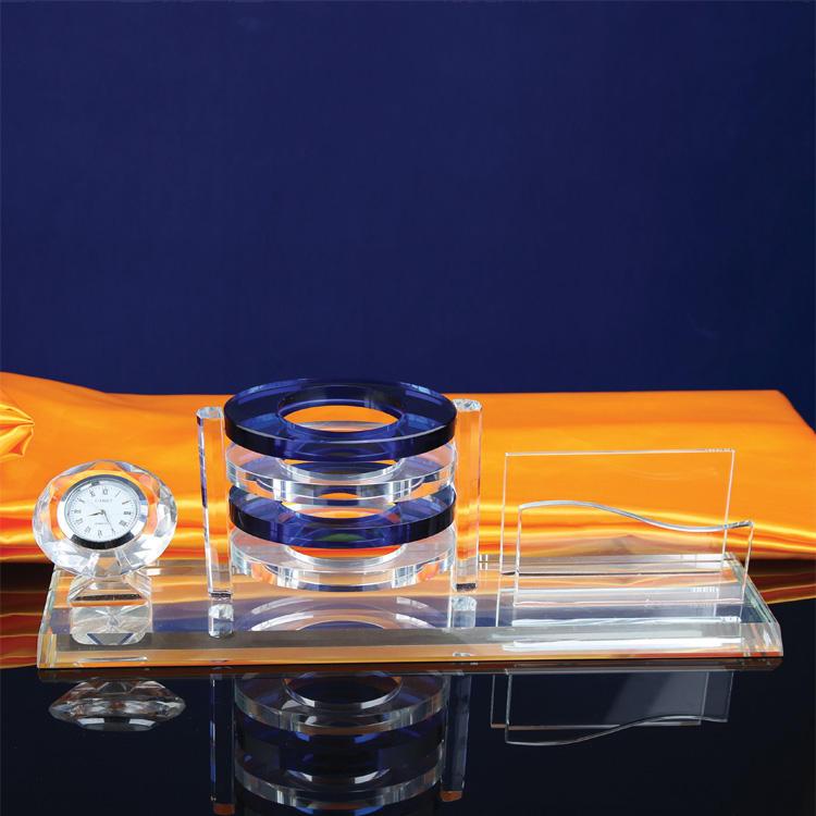 Kristall Awards Mosaik kristall uhr <span class=keywords><strong>geschenke</strong></span> Hohe Qualität Klar