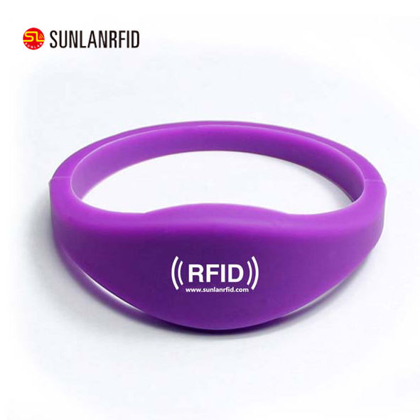 <span class=keywords><strong>Passieve</strong></span> RFID eenmalige Behulp Zachte PVC Rfid Polsband Silicon Rfid Nfc Polsband