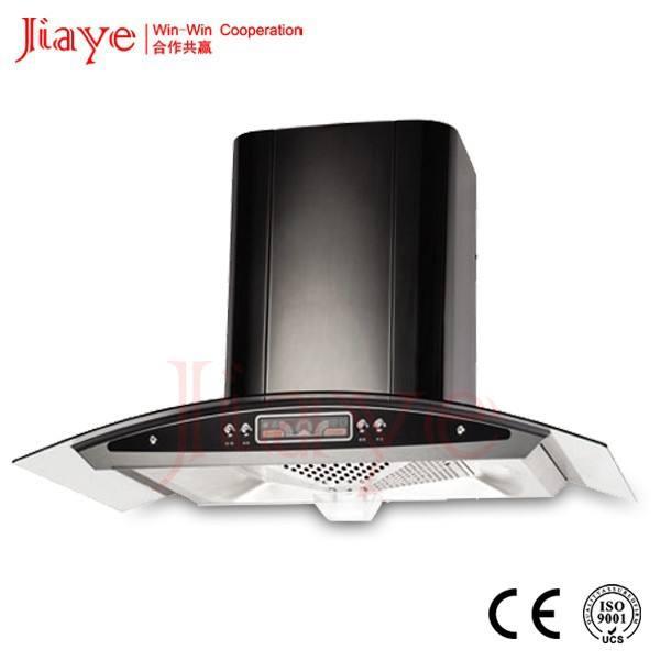 Negro chimenea europea campana de cocina de estilo con colorida exhibición
