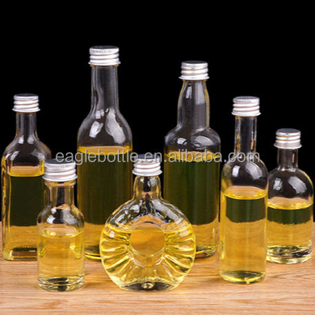 Mini Size 30ml 50ml 100ml round shape and square shape glass liquor Bottle in stock