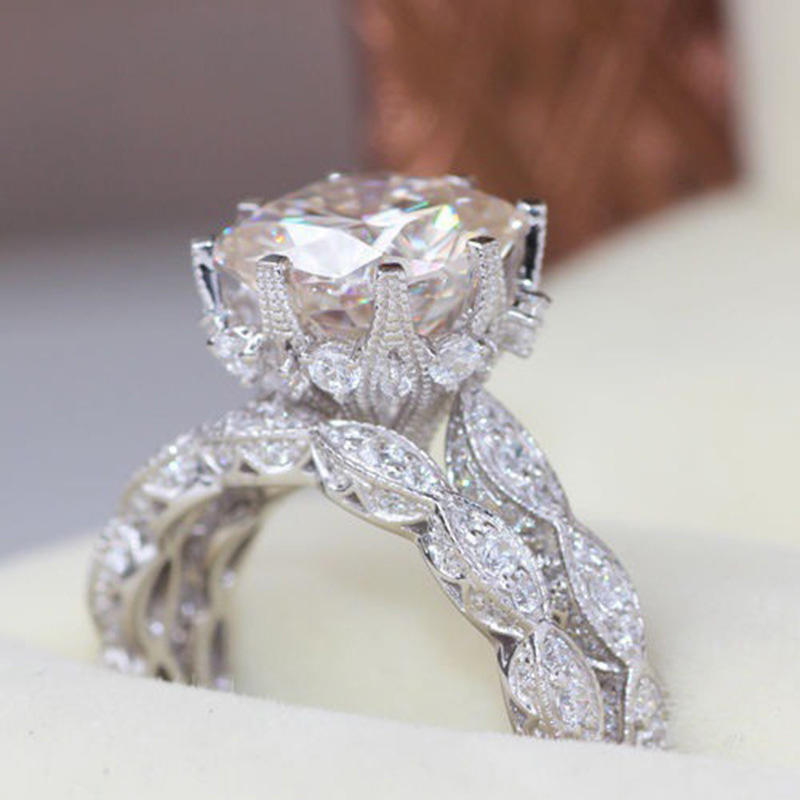 Newest Fashion Shinny White Square Cubic Zirconia Rings Women Full Crystal Ring For Engagement Wedding