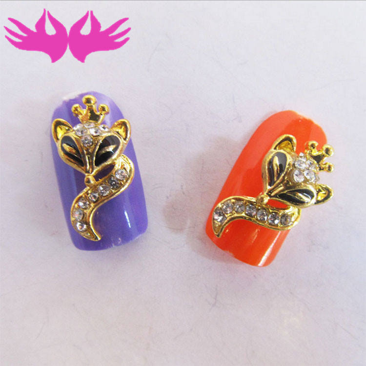 Alloy rhinestones metal nail decoration 3D fox design for lady nails