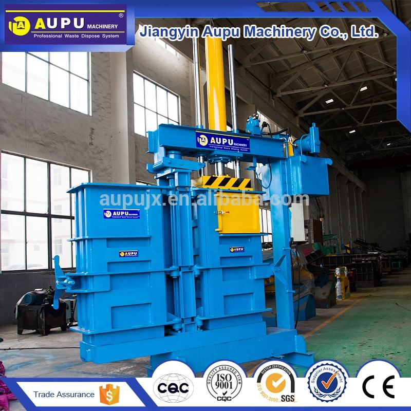 Popular used clothes and textil compress baler machine for sale