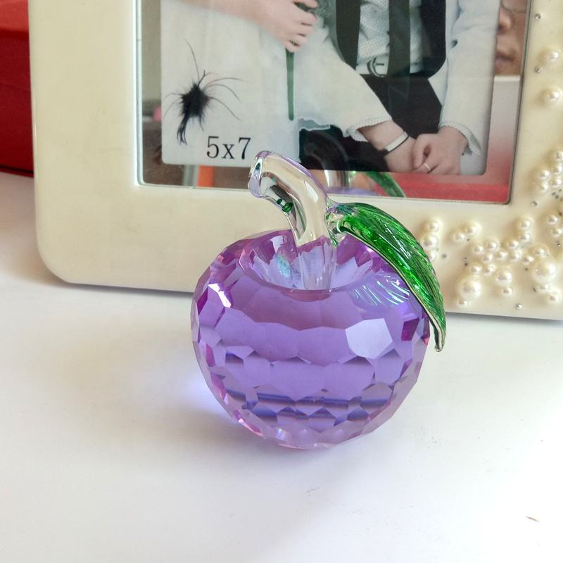 Cheap durable delicate crystal crafts gift purple crystal glass apple christmas gift