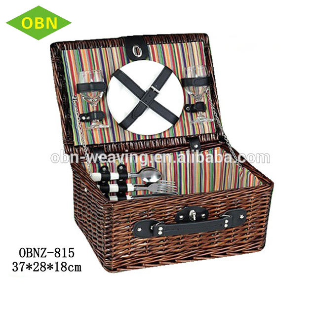 Wholesale 4 person cheap natural cooler bag wicker picnic basket