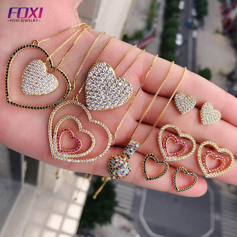 body jewelry sets display gold plated sparkle cz diamonds heart shaped earring pendant necklace