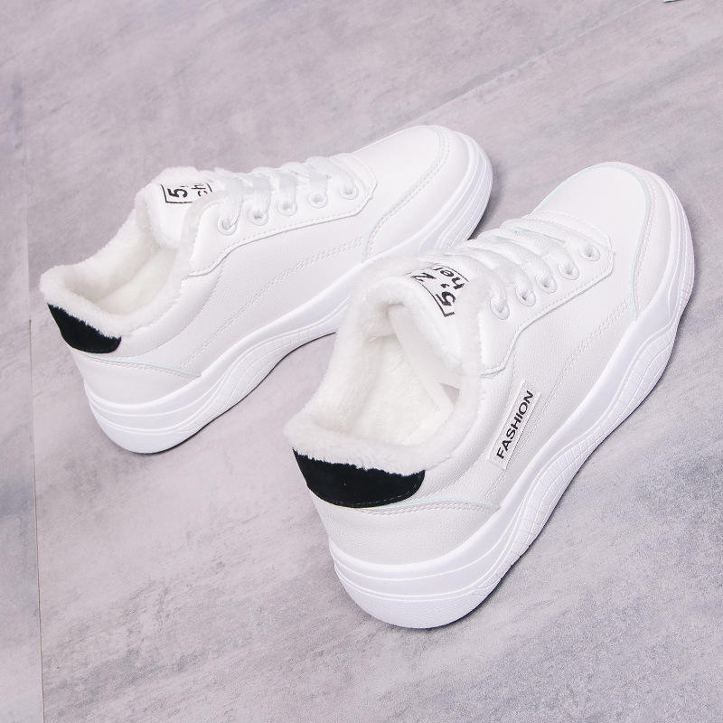 Wholesale China young lady outdoor winter shoes flat injection PU upper casual sneakers low MOQ
