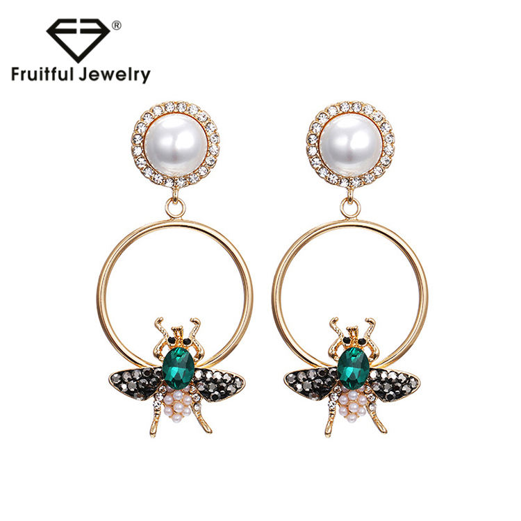 Fashion jewelry round shape pearl crystal bee earring studs