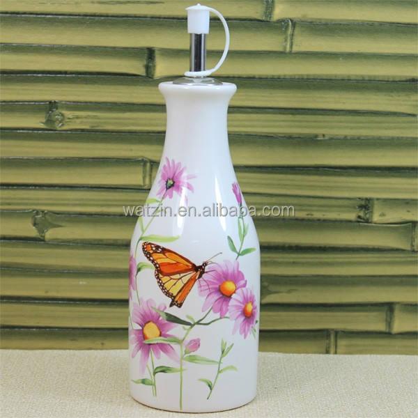 vuoto bottiglia di ceramica per olio di oliva