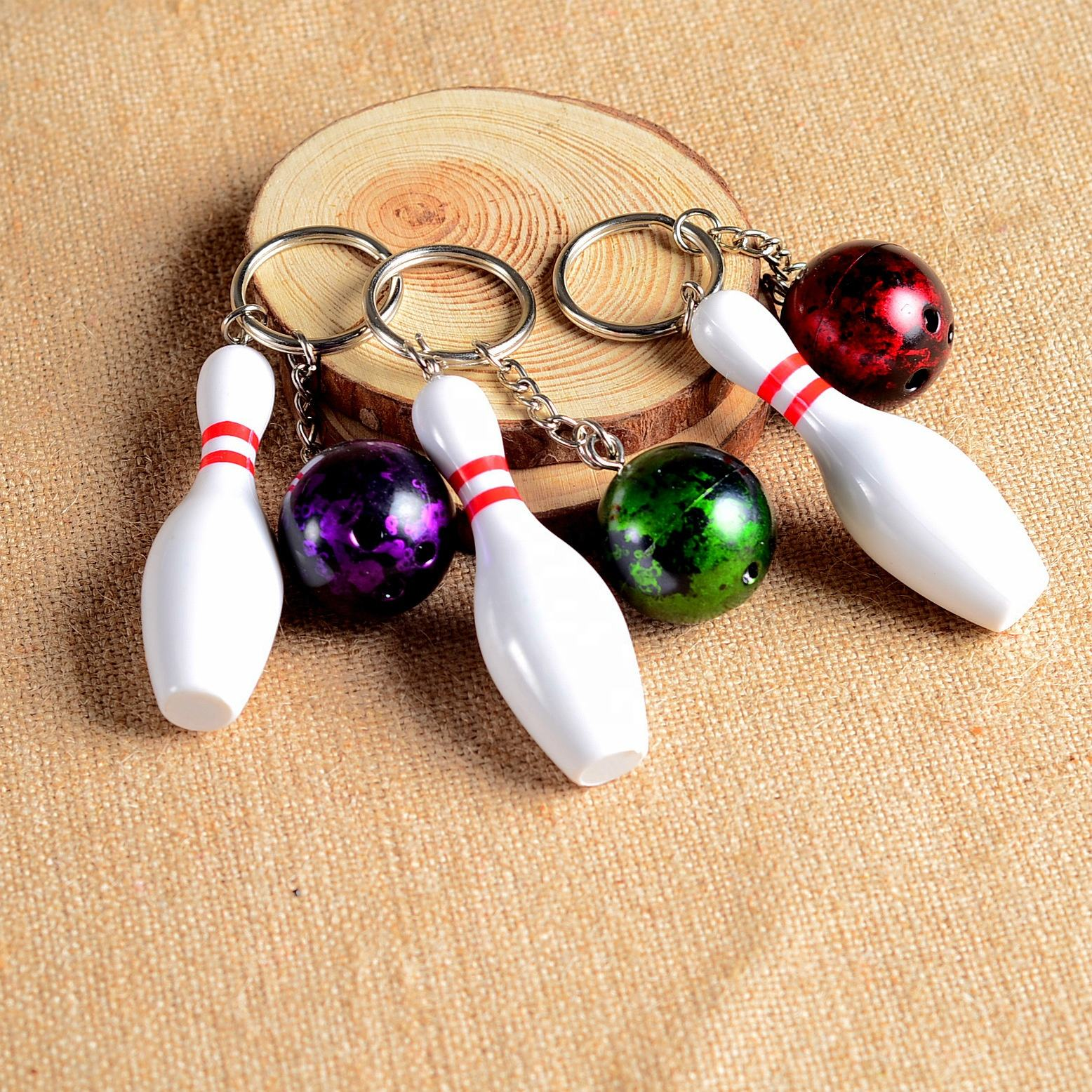 Newest Bowling Pin Keychains Sports Simulation Mini Bowling Ball Keyring Key Holder for Gifts/Bowling Party Favors