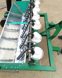 New design garlic seeder/garlic planting sowing machine/dry garlic planter with low price