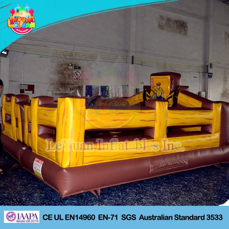 Venta caliente mecánica rodeo Bull/inflable toro mecánico