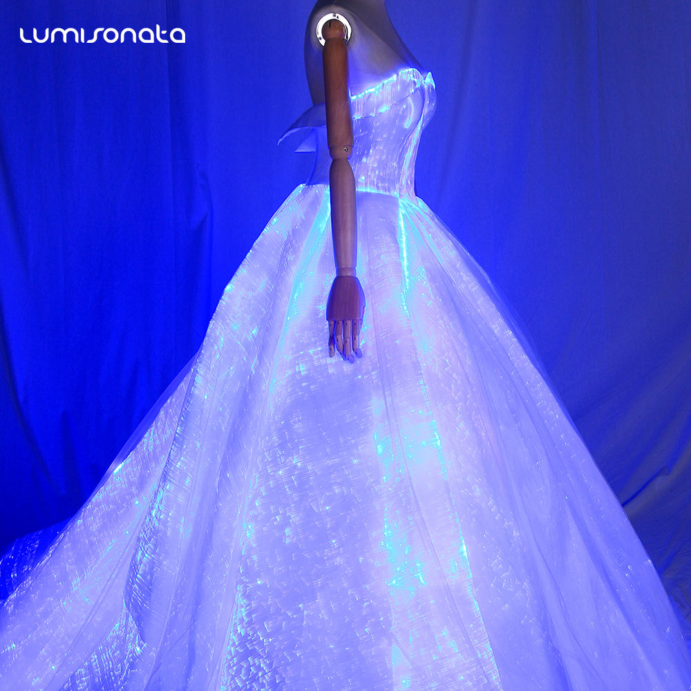 2018 Desain Fashion Luminous Fiber Optic Pernikahan Gaun Cahaya Optik Pakaian Kain Bridal Ball Pesta Malam Gaun