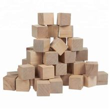 Natural Solid Small Wooden Craft Cubes with Customized and Color