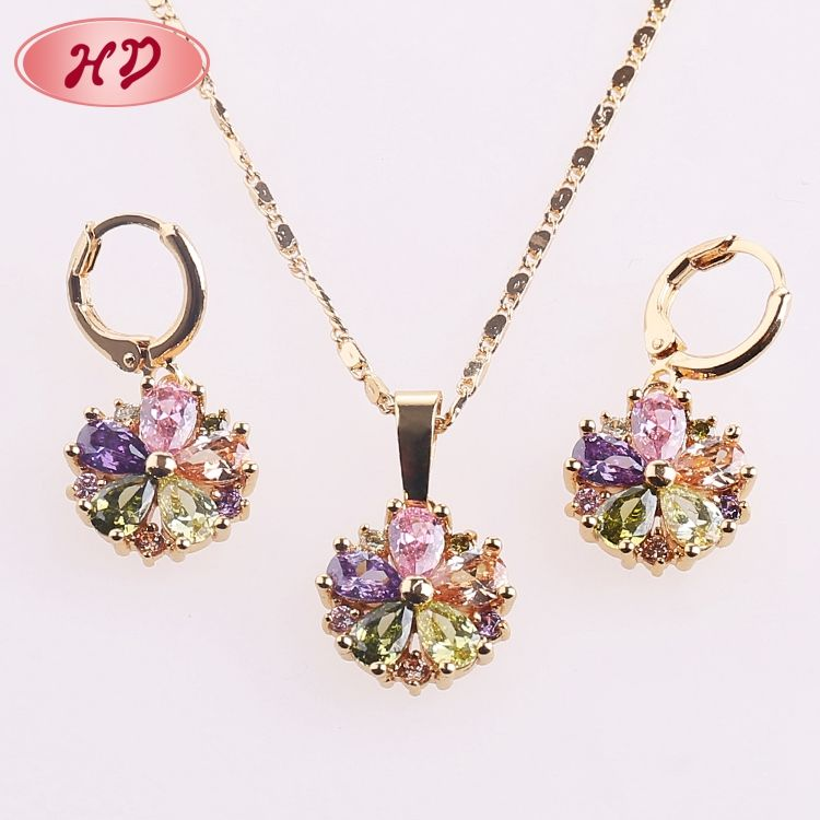 Guangzhou Fashion Wholesale Necklace And Earrings Set Imitation Jewelry