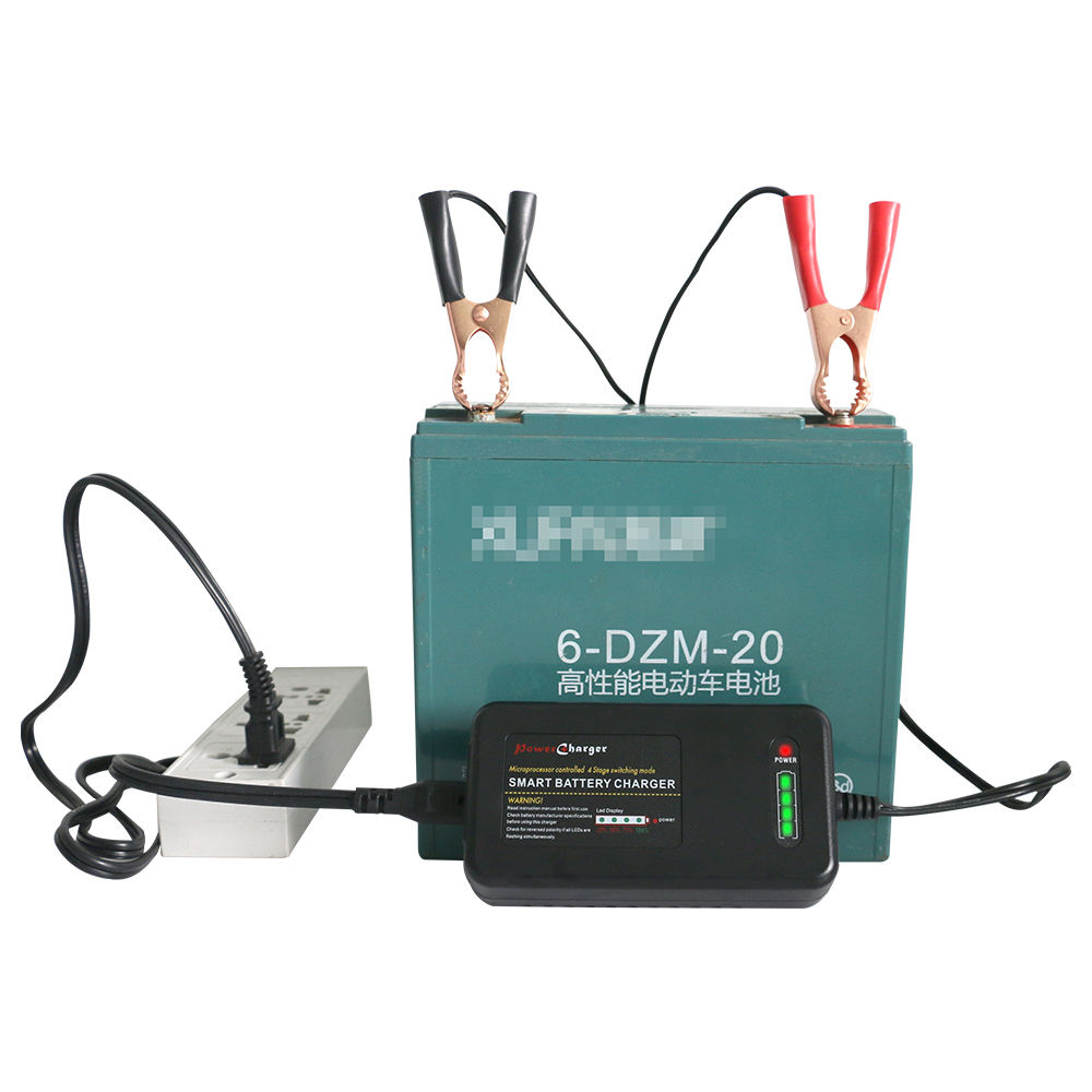 16.8V 3.5A smart li-ion battery charger best charging golf cart RC toys 12V 18650 battery charger