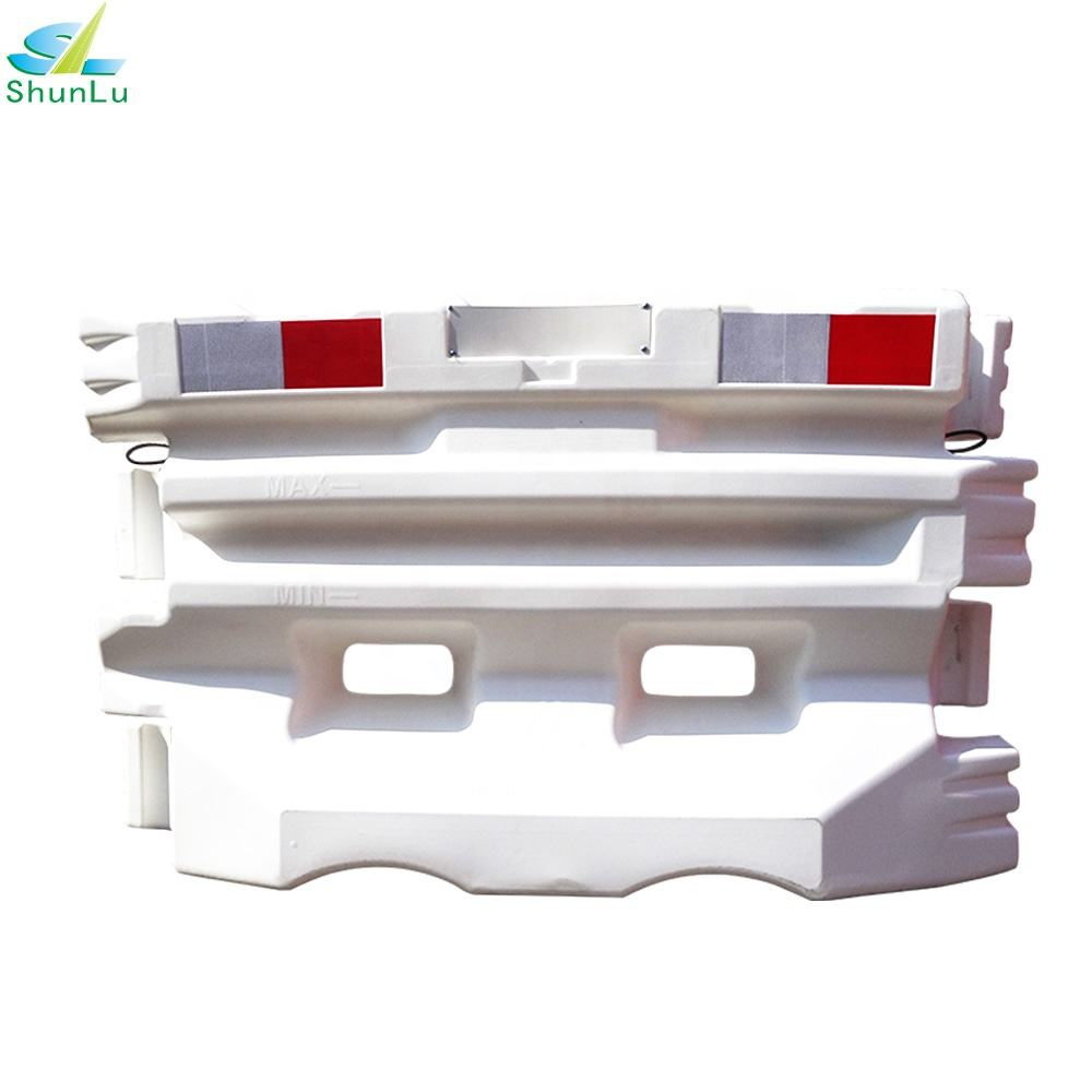 traffic barricade BS EN 1317 T2 water filled barrier high quality road safety barrier high way used
