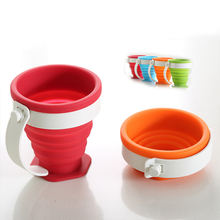 Silicone collapsible 200 ml water cup with plastic handle
