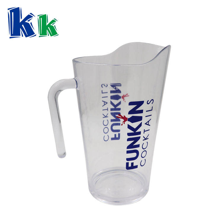 2018 high quality plastic stackable beer pitcher or jug for bar