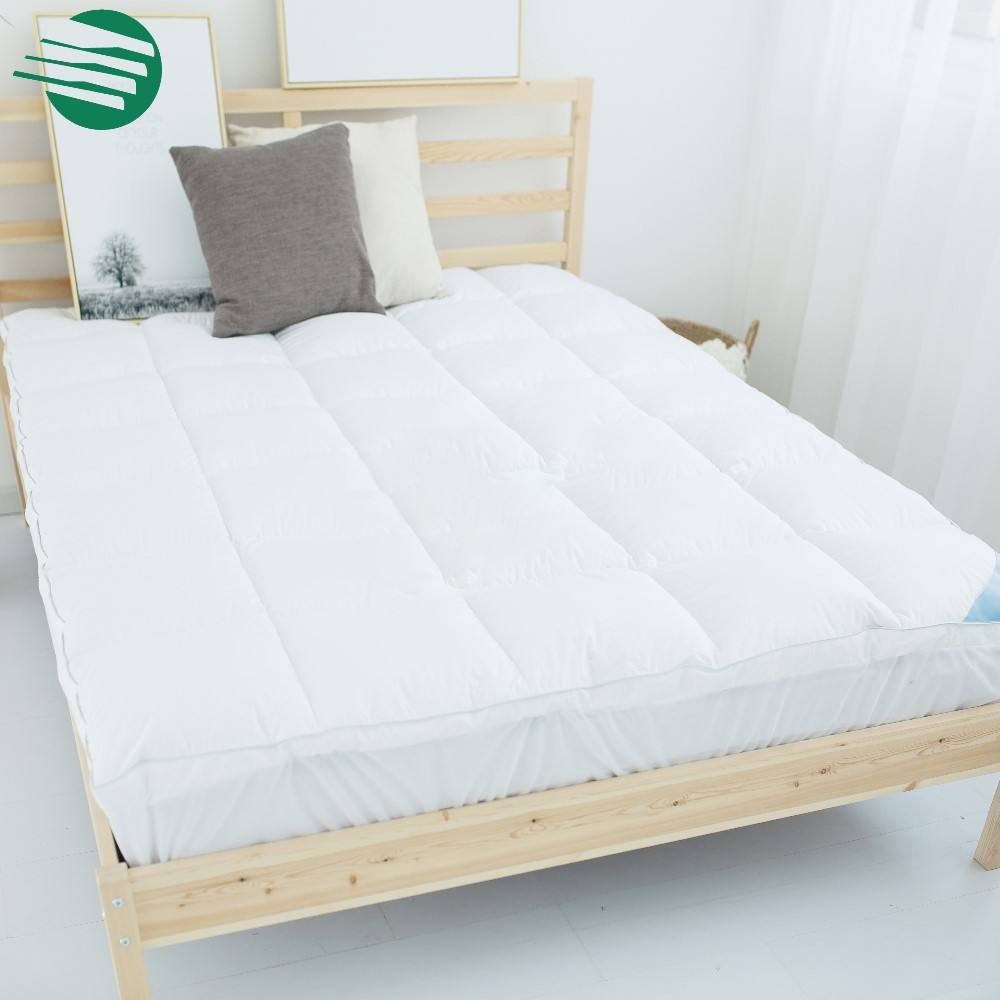 Anti-Bacteria Satin-piping Microfiber Polyester Filling Mattress Topper