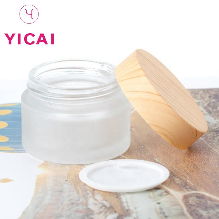 Free Sample Wholesale 5g 15g 30g 50g 100g Eco Cosmetic Containers Matte Beauty Gel Jar Frosted Glass Cream Jar With Bamboo Lid