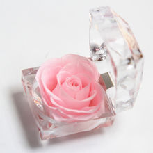 Wholesale  Real  Flower Ring Box Preserved eternal Rose In acrylic Box