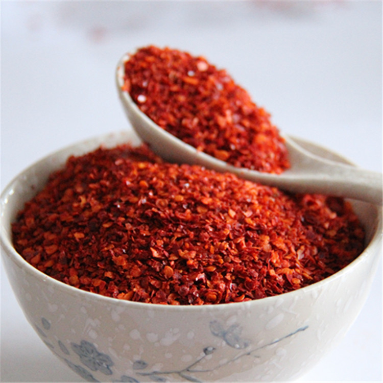 Wholesale dried red paprika and chili pepper flake supplier