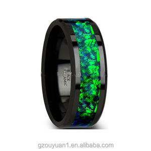 Moda False Opale Gioielli Anello Nero Tungsteno Wedding Band con il Colore Verde Copia Intarsio Opale Verde anelli di Tungsteno
