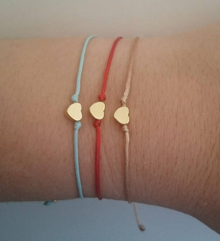 Minimalist Tiny Thread Gold Heart String Friendship Bracelet