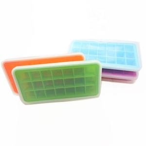 Customized Eco-Friendly Square Silicone Ice Cube Tray With Lid