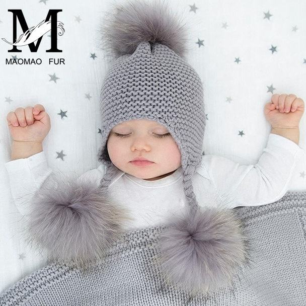 Cute Wholesale Earflap Hat Knit Beanie Winter Child Kid Baby Hat with Fur Pom Pom Ball