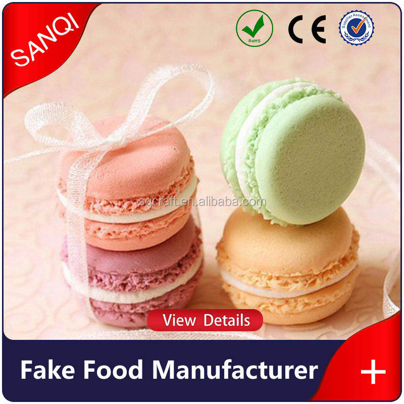 En <span class=keywords><strong>gros</strong></span> artificielle macaron squishy faux aliments