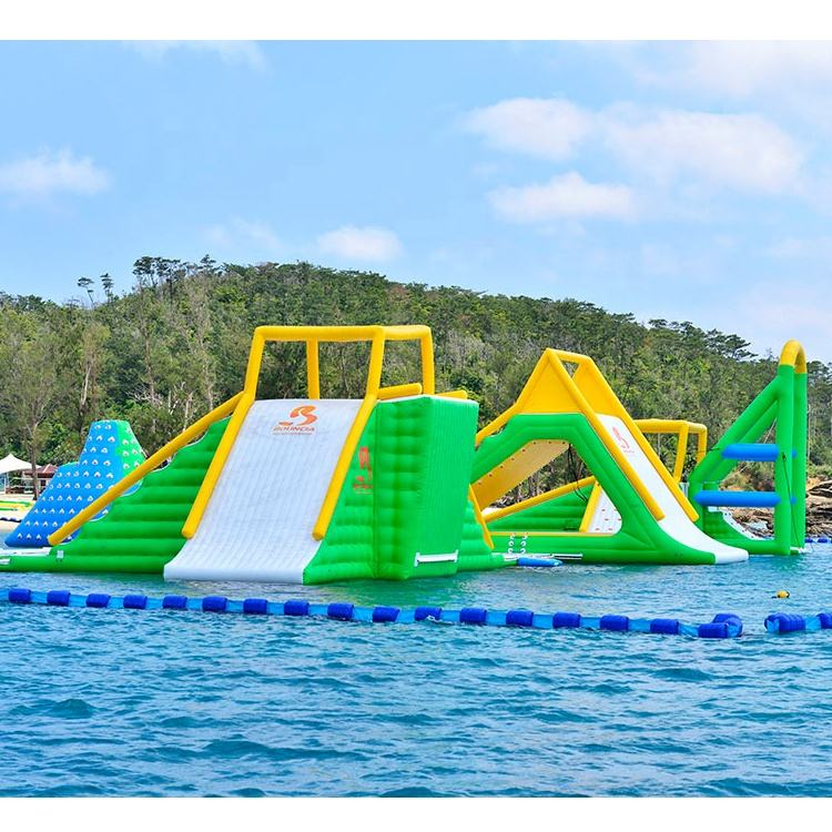 Guangzhou Bouncia Giant Inflatable Floating Water Park Games For Sea