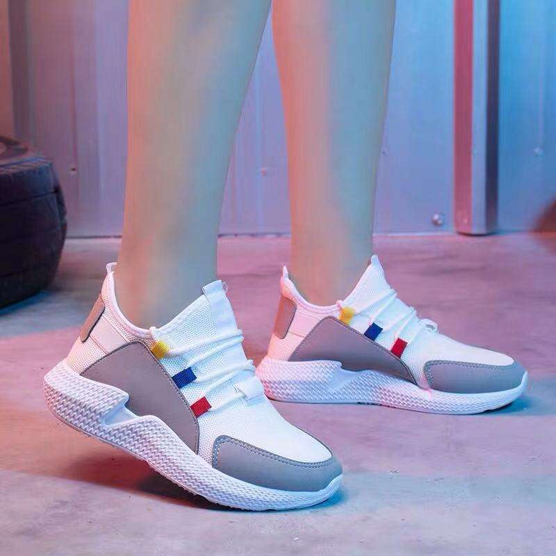 Custom color breathable gym sneakers popular women casual sport shoes